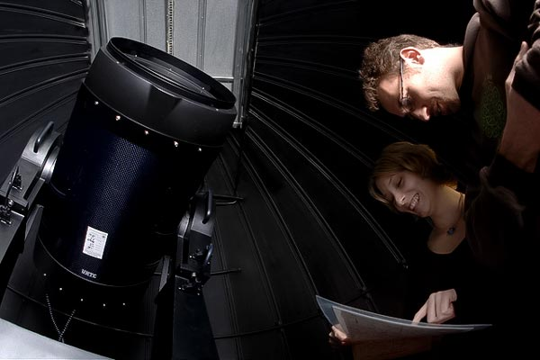 Image of students at the Fickle Hill Observatory